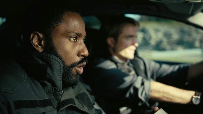 Battle Royale , dando aos fãs de cinema o seu olhar mais detalhado ainda no próximo filme de Christopher Nolan.