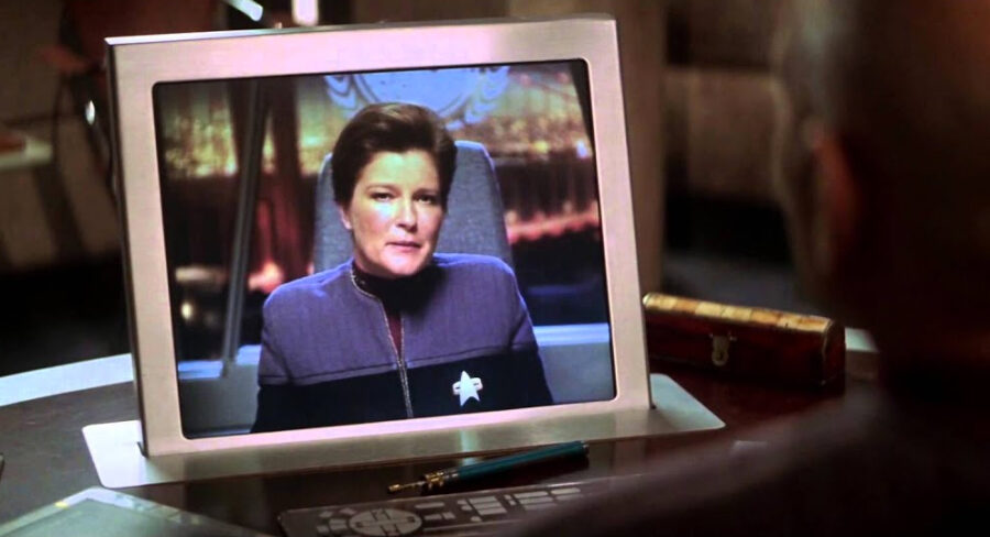 Star Trek: Picard Season 2 - Patrick Stewart insiste em pressionar a política Por LIANA KEANE E EQUIPE 3