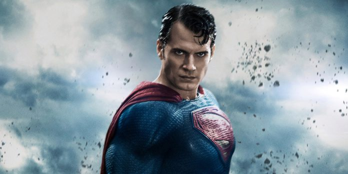 Superman Henry Cavill arrasa no icônico terno preto na DC fã Art