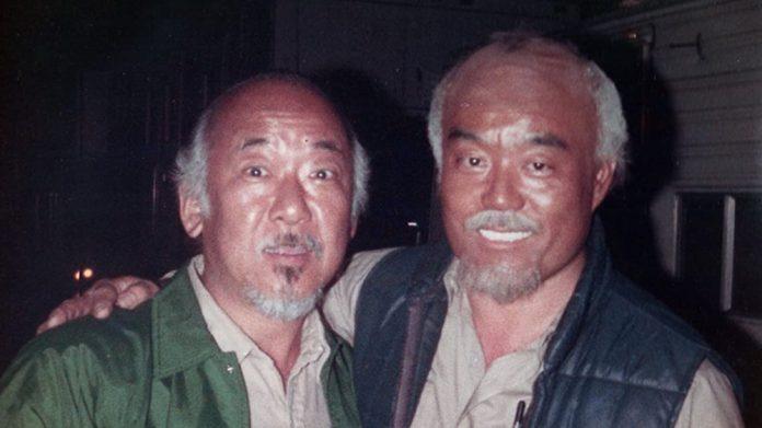 O Sr. Miyagi da vida real estava em The Karate Kid e você nunca percebeu