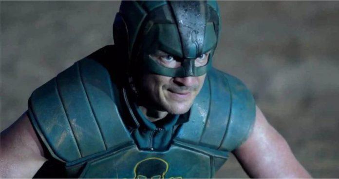 Verdadeira identidade do personagem do Esquadrão Suicida de Nathan Fillion revelada sorrateiramente?