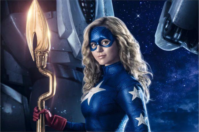 Stargirl segunda temporada promete grandes respostas e mais vilões clássicos