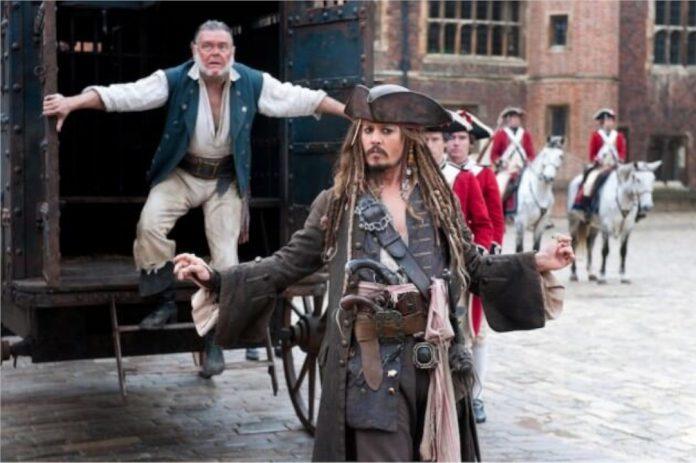 Petição de quase 300.000 fãs para o retorno de Jack Sparrow de Johnny Depp