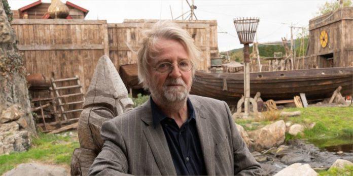 O criador de 'Vikings' Michael Hirst revela seu motivo para encerrar sua série de sucesso