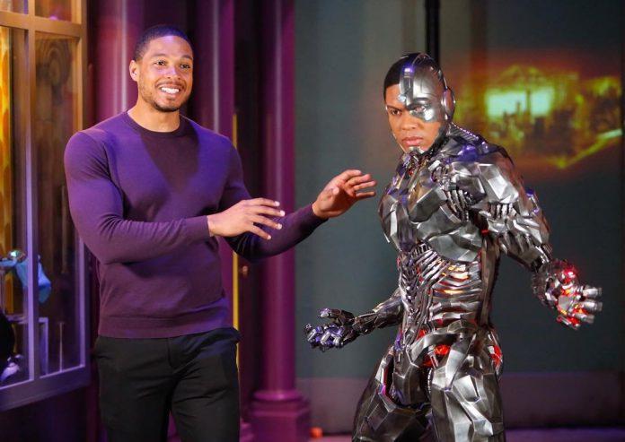 Ray Fisher confirma que não aparecerá como Cyborg no filme do Flash