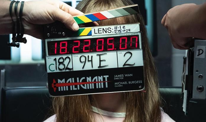 Análise inicial 'Malignant': Annabelle Wallis acorda com medo no novo filme de James Wan