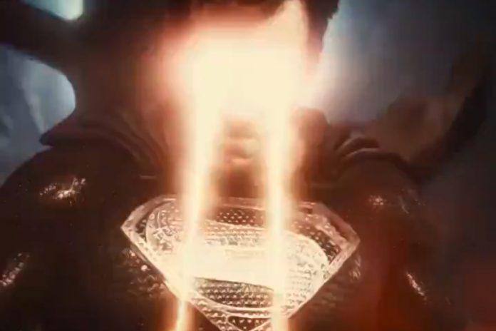 Trailer de 'Liga da Justiça de Zack Snyder' revela os olhos laser do Superman de Henry Cavill
