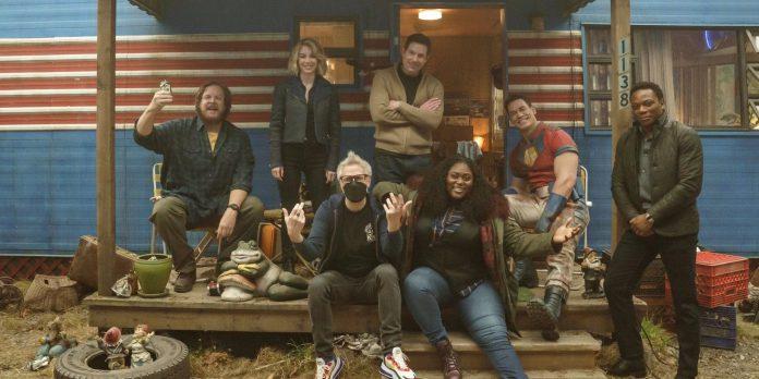Imagens do Peacemaker Set revelam o primeiro olhar sobre o programa de spinoff do Esquadrão Suicida de James Gunn