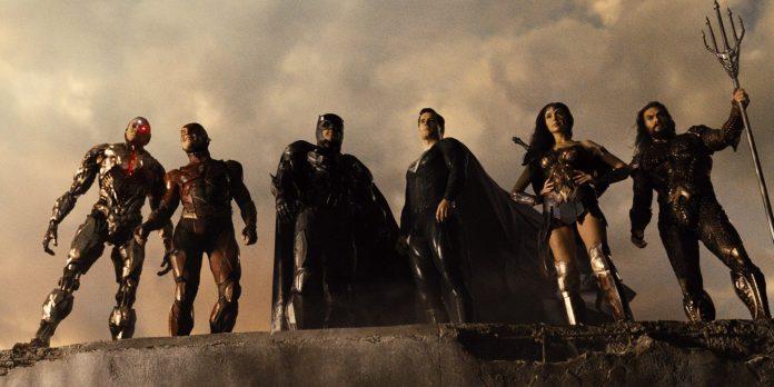 Vingadores: Diretores de Endgame estarão de olho na Liga da Justiça de Zack Snyder