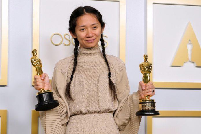 Chloé Zhao torna-se a segunda mulher a ganhar o Oscar de melhor diretora em 93 anos