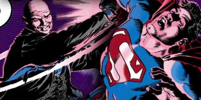 O que a Criptonita Vermelha realmente faz com o Superman?