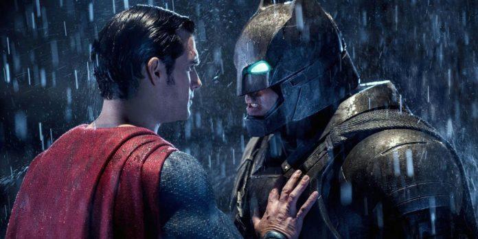 Batman nunca expôs a fraqueza mais simples do Superman